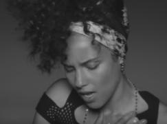 Alicia Keys – In Common