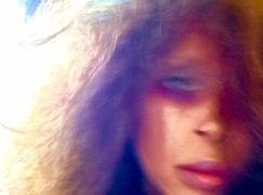 Erykah Badu – Come And See Badu