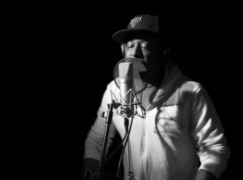 Talib Kweli Spits 64 Bars at Red Bull Studios